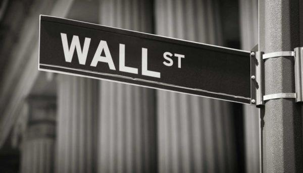 زیان مالی شرکت های نفتی،وال استریت را تکان داد