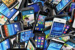 مقابله جدی با قاچاق موبایل / تعرفه واردات صفر نمیشود