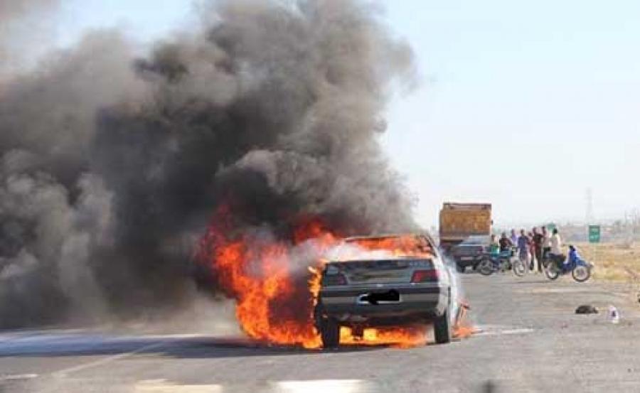 سوختن راننده زن پژو 405 در آتش