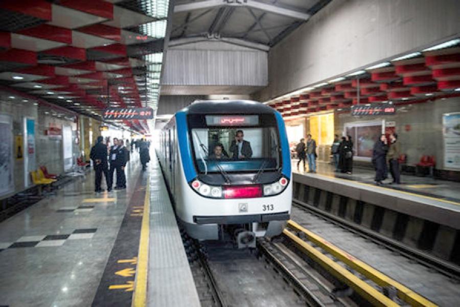 تخفیف بلیت مترو در ساعات خلوت