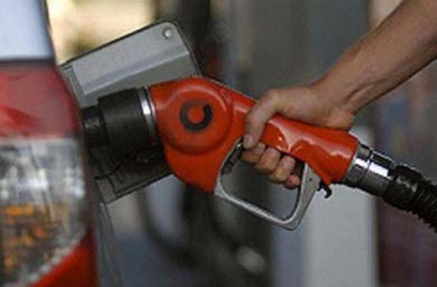 قرار نیست بنزین گران شود