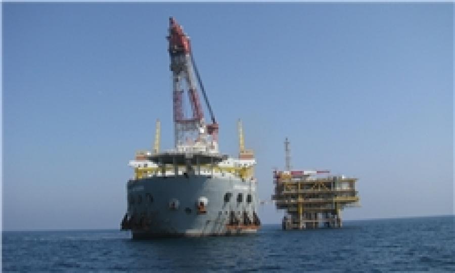 سکوی فاز ۱۸ پارس جنوبی در خلیج فارس نصب شد
