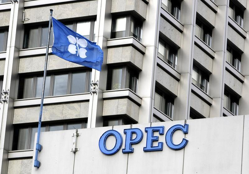 بازار جهانی نفت بهبود می یابد
