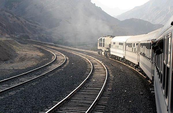 آینده راه آهن ایران را روشن میبینم