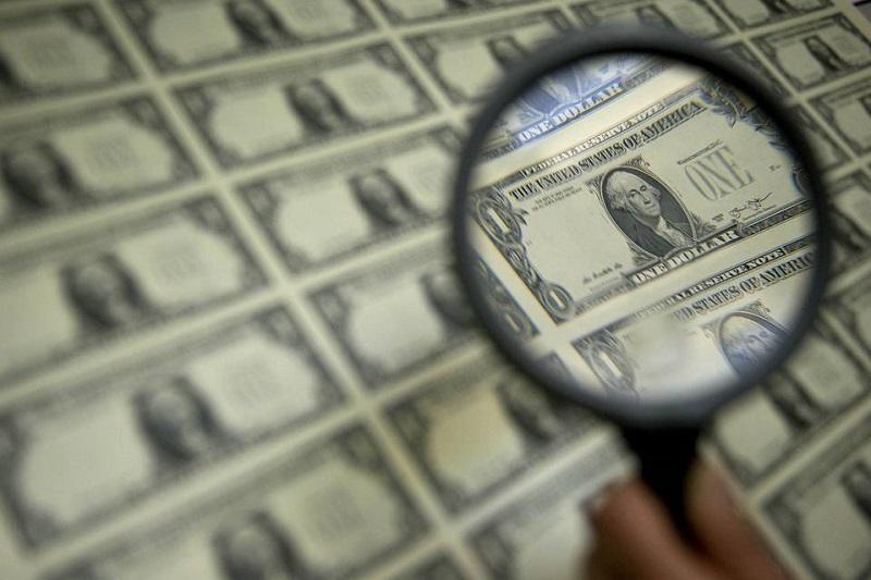 تهدید صادرکنندگان به پیمانسپاری ارزی/ردپای یک سیاست دهه شصتی