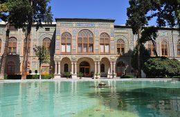 میراث فرهنگی خواستار توقف فعاليت عمرانى در كاخ گلستان شد