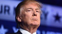 ترامپ خواستار بازنگری کامل در توافق هستهای با ایران است