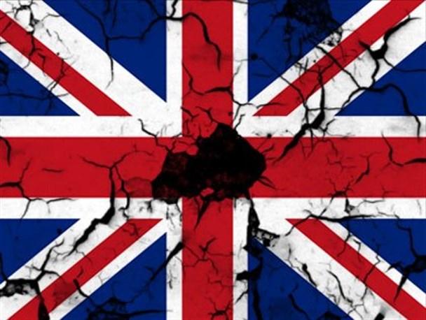 خانوارهای انگلیس بدهکارتر شدند