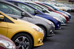 بیش از ۴۰ برند خودرو در ایران نمایندگی دارد