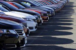 واردات خودرو در شرایط فعلی درست نیست