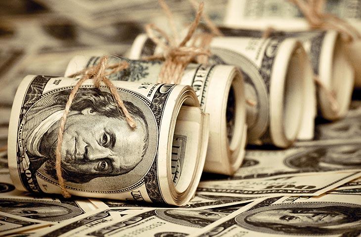 کاهش ارزش دلار بعد از تحلیف ترامپ