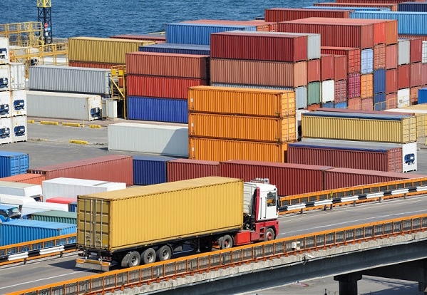 دروازه واردات کالا به کشور در آستانه انتخابات باز شد