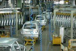 تولید یک خودروساز متوقف شد
