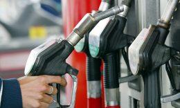 قیمت بنزین و گازوئیل در سال آینده افزایش نمییابد