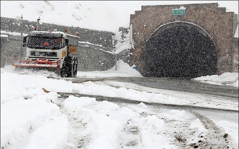 بارش برف و باران ۱۶ جاده را مسدود کرد