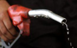 رکورد مصرف ۱۰۵میلیون لیتر  بنزین در ۲۸ اسفند