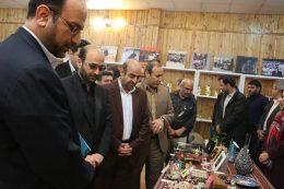 نخستین نمایشگاه دست آفرین در منطقه ۵ افتتاح شد