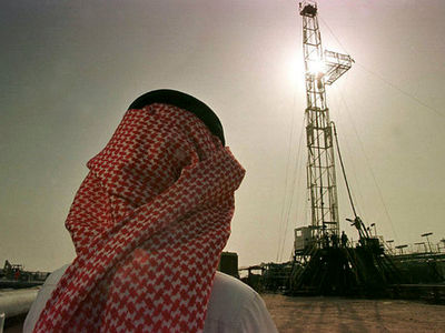 انگلیس به عربستان برای کاهش وابستگی به نفت کمک میکند