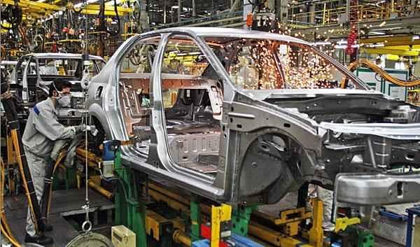 ضرورت برخورد با اعمال نفوذ خودروسازان