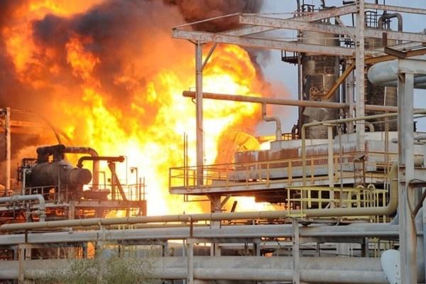 آتشسوزی در پتروشیمی «رجال» ماهشهر