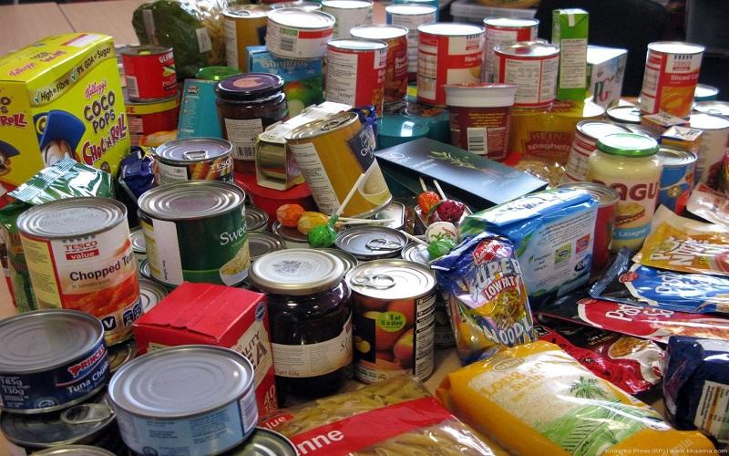 عملکرد روحانی و احمدینژاد در کنترل قیمت مواد غذایی