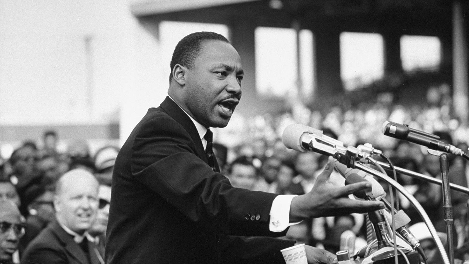 با چرا آغاز کنیم مارتین لوتر کینگ