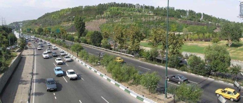 نصب و تعویض گاردریلهای بزرگراه کردستان و مدرس
