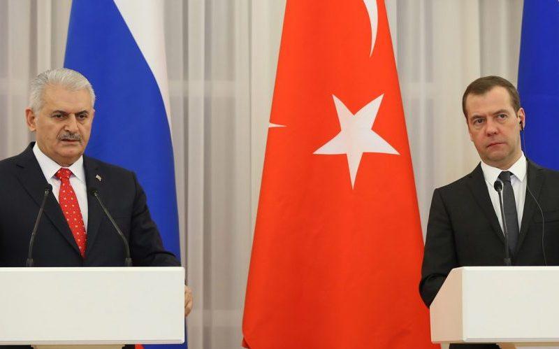 بیانیه مشترک حذف موانع تجاری بین ترکیه و روسیه امضا شد