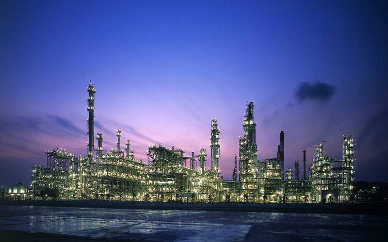 ۲۱ میلیون لیتر بنزین از ستاره خلیج فارس وارد انبار پخش شد