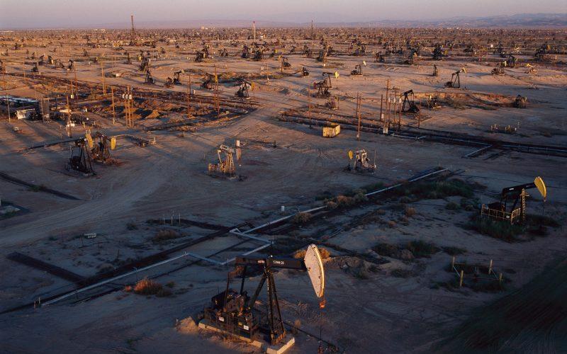 برنامهریزی ایران برای برگزاری مناقصه ۱۴ بلوک نفت و گاز