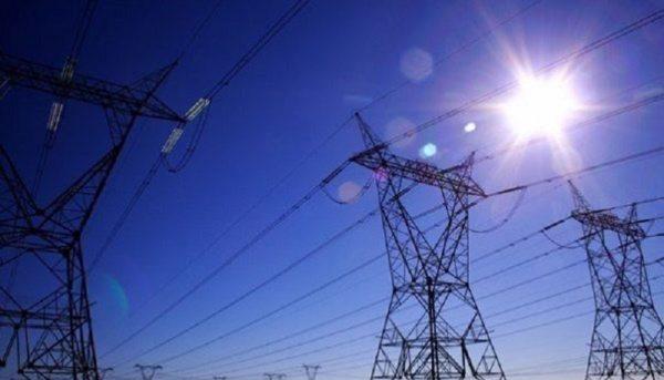 کاهش ۳۵۰۰ مگاواتی پیک مصرف برق