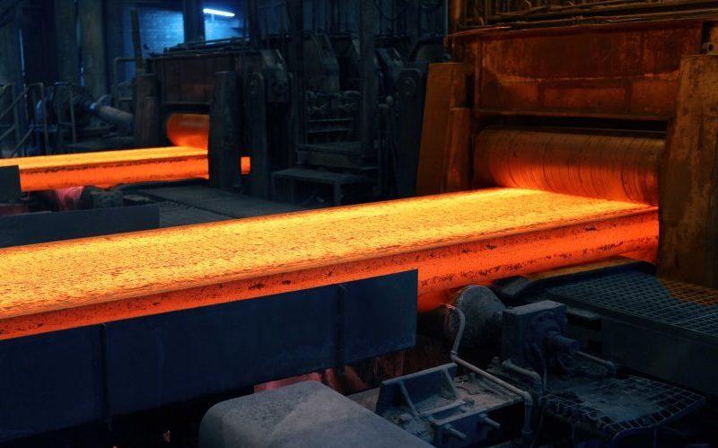رشد ۳۰۰ درصدی سود سهام فولاد خوزستان در سال ۹۵