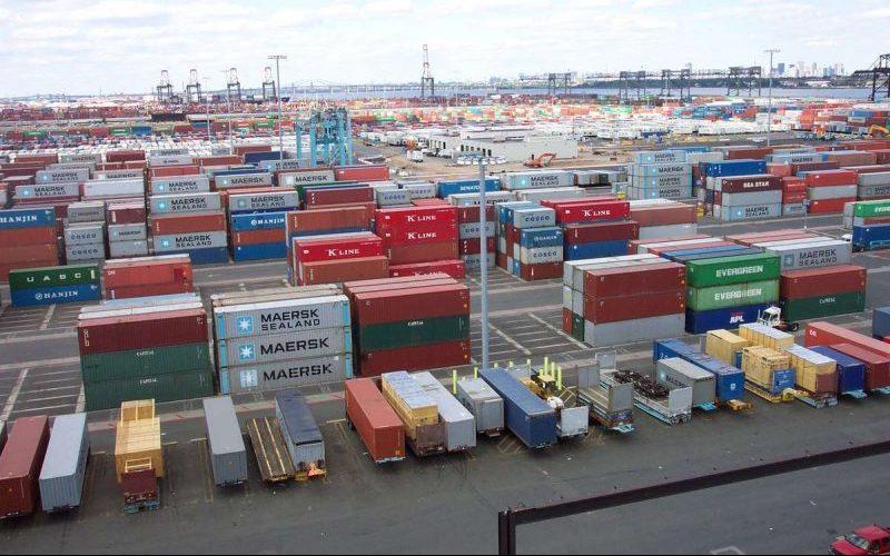 سود بازرگانی واردات از مناطق آزاد به ۱۳ درصد کاهش یافت