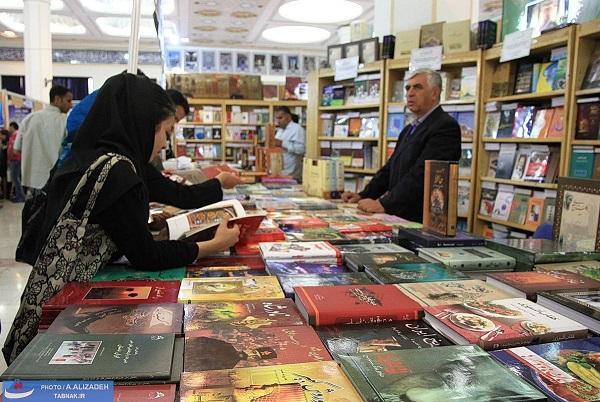 استقبال شهروندان منطقه 6 از برگزاری تورهای نمایشگاه کتاب