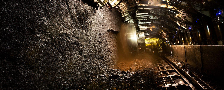 داخل معدن زغال سنگ