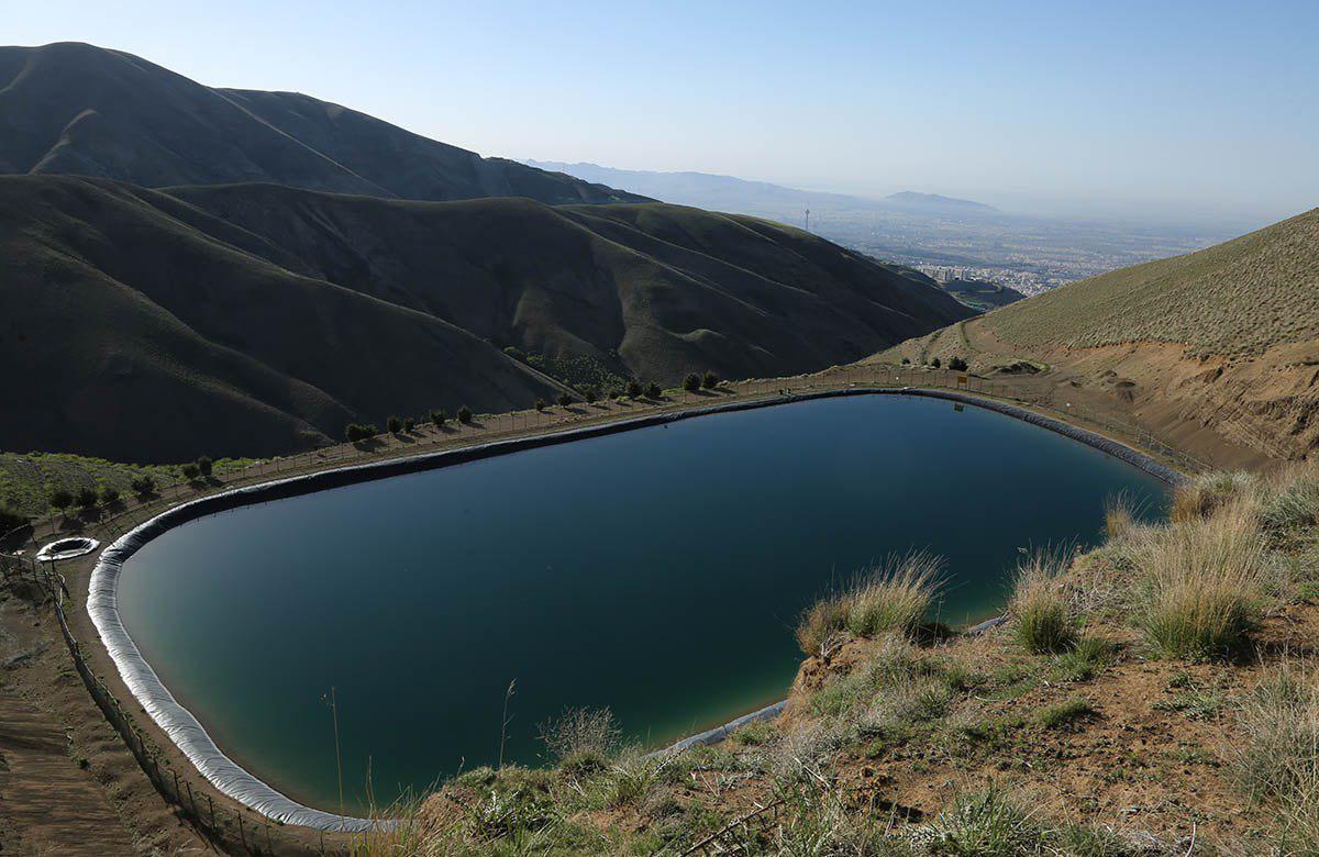 تجهیز بوستانهای غرب تهران به سیستم آبیاری قطرهای
