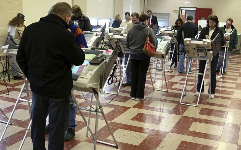 اطلاعات شخصی 200 میلیون رایدهنده آمریکایی لو رفت