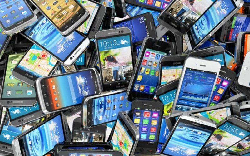 اشعههای موبایل خطر ابتلا به سرطان را افزایش میدهد
