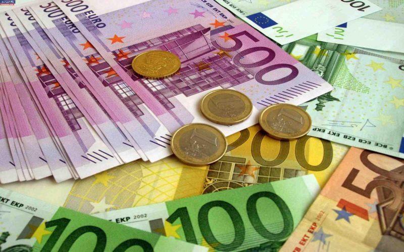 افت ارزش پوند و یورو و تقویت دلار بانکی