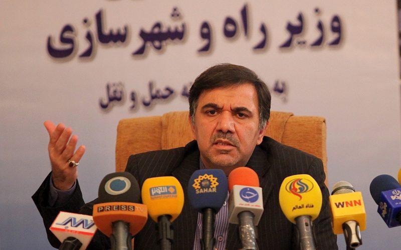 وزیر راه و شهرسازی وارد بندر امام خمینی شد