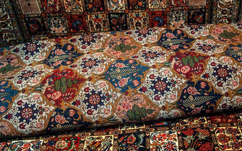 در صادرات فرش میتوان به اعدادی بالاتر دست یافت