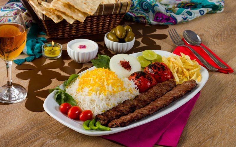 ارائه غذای گرم قبل از افطار ممنوع