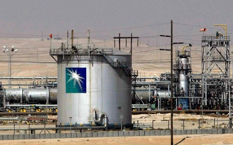 آرامکو قیمت نفت را برای آسیاییها کاهش میدهد