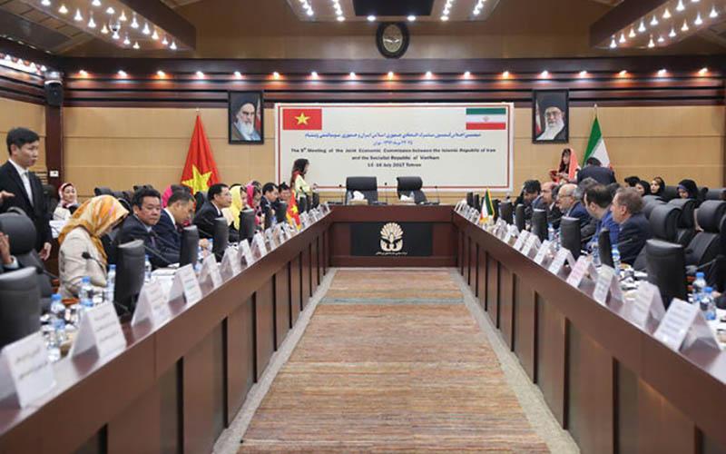 سطح مناسبات تجاری و اقتصادی ایران و ویتنام قابل قبول نیست