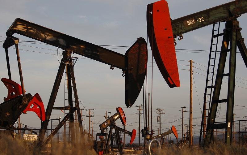 قیمت نفت آمریکا از مرز ۷۰ دلار گذشت