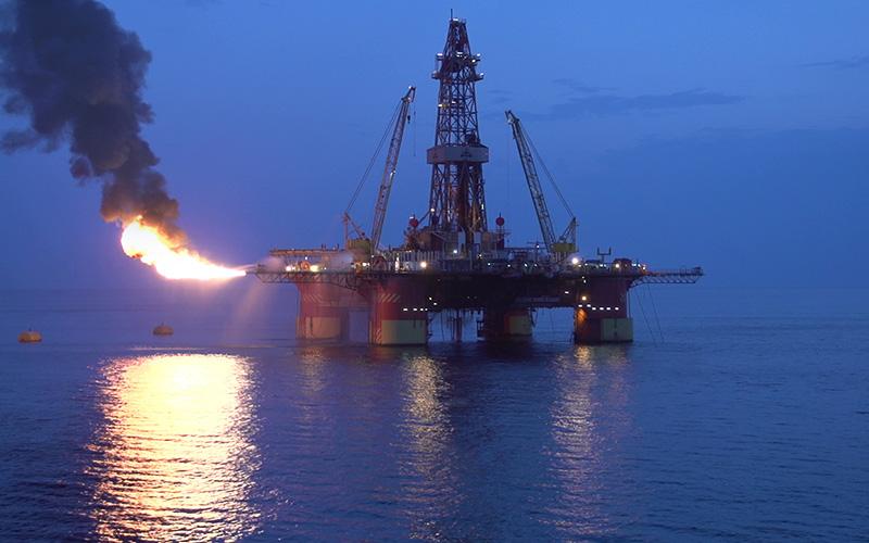 ایران با روسیه، نروژ و چین برای توسعه میدانهای نفتی خزر مذاکره کرد