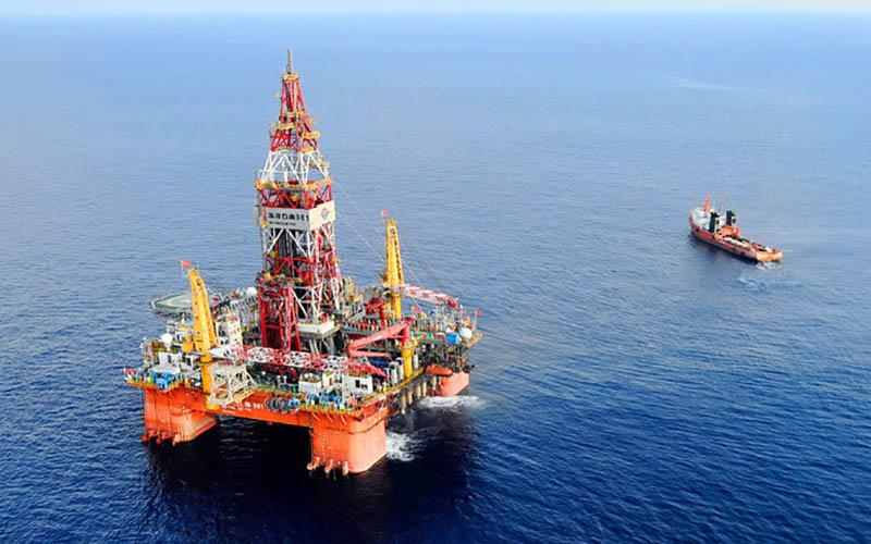فشار چین بر ویتنام برای توقف استخراج نفت