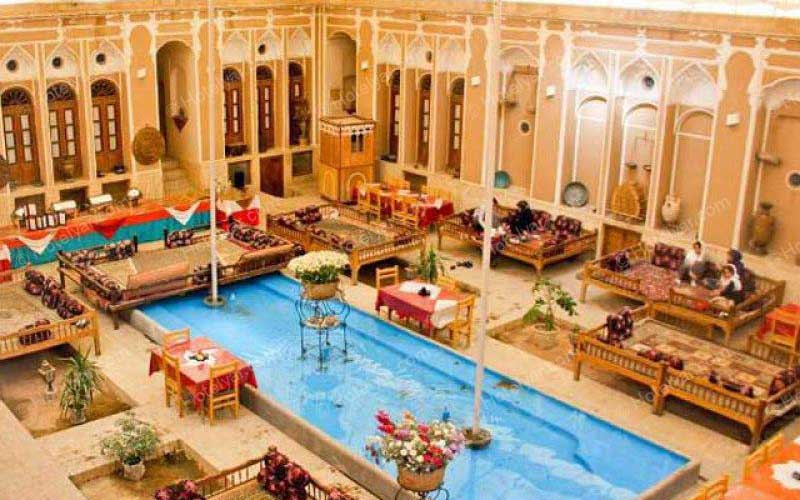 هتلهای ایران به خارجیها «یارانه» میدهند!