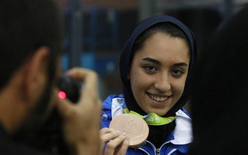 کیمیا علیزاده از بیمارستان مرخص شد