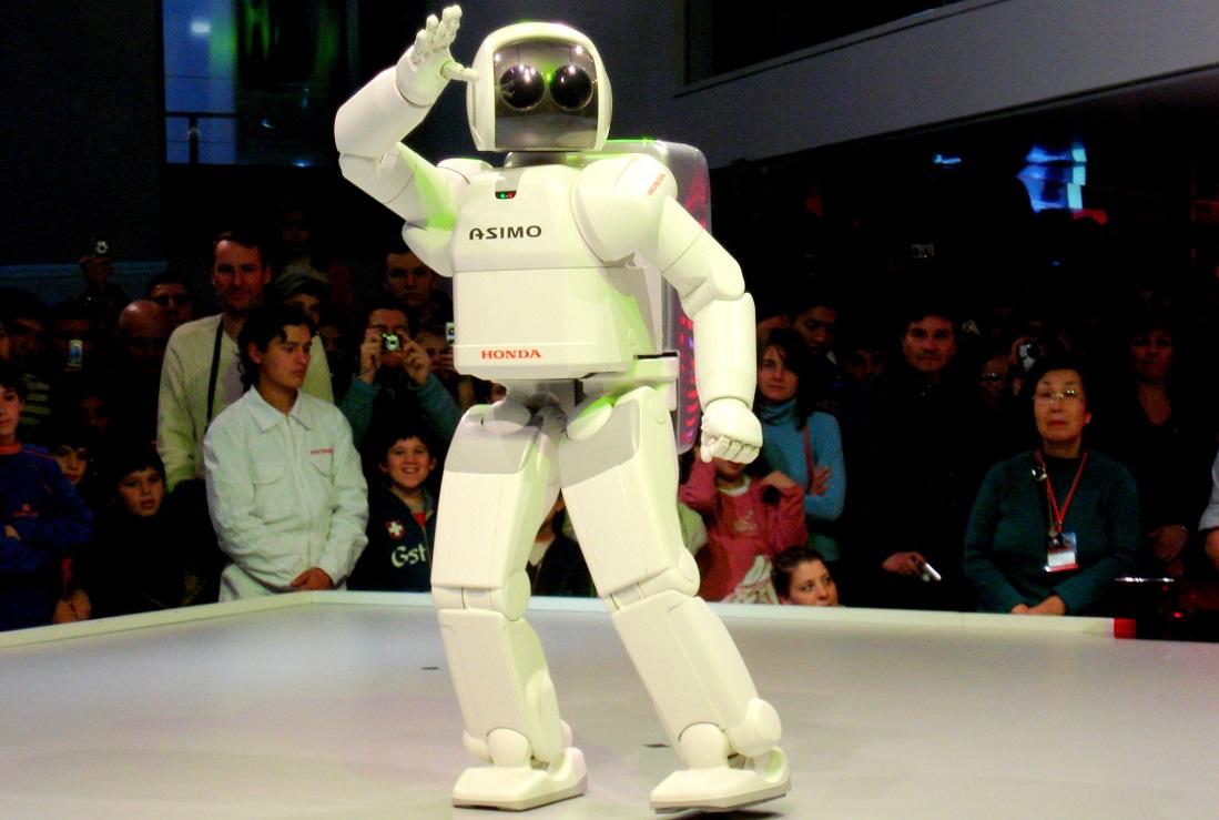 آسیمو ربات هوندا مگاترند رباتیک آینده بازار